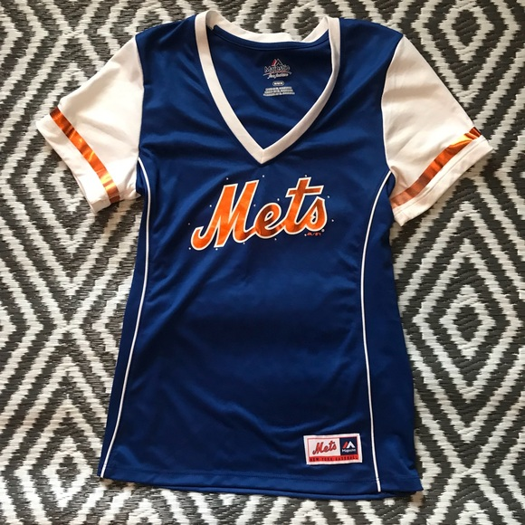 best service c89ca 872db Women's New York Mets Jersey Style Fitted Top
